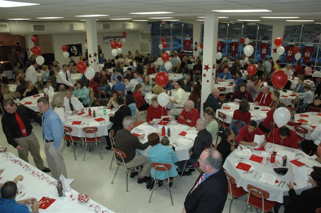 new concept 66b02 cc2d1 But first, special guest John Cardwell (LHS  80, jersey  10, played  quarterback), representing the Cardwell family, presented the Coach Jim  Cardwell Award ...